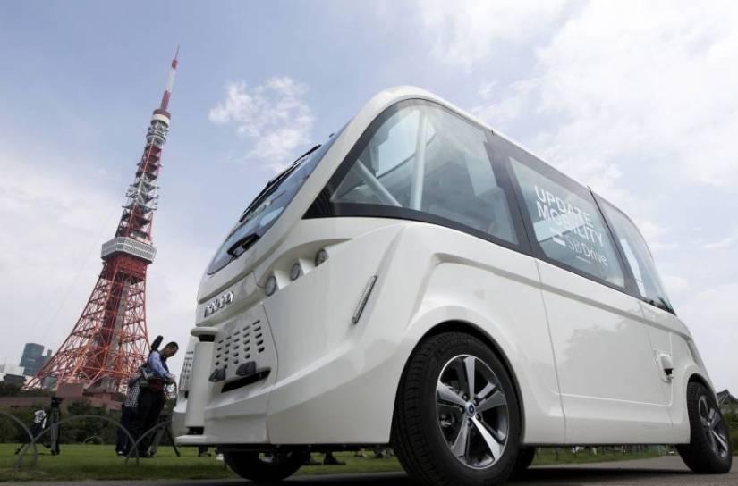 b-driverless-a-20170719-870x574